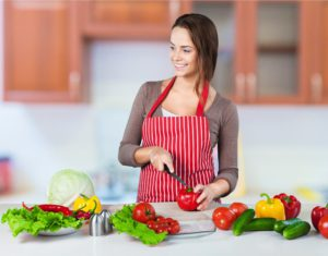 健康的なメニューを意識して、食事を作ることも楽しめたらよ良いですね。